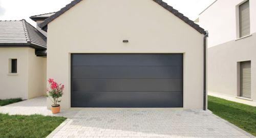 porte de garage panneaux lisses contemporaine